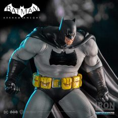 batman-dark-knight-dlc-series-art-scale-110-arkham-knight-16865125_1440083586003372_2646679781604759237_n