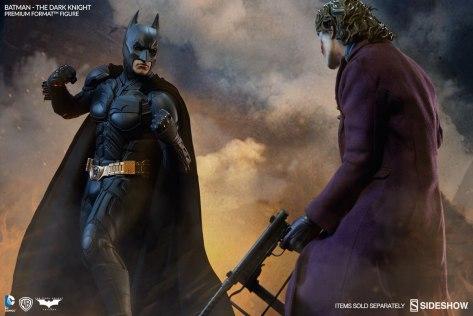 batman-the-dark-knight-premium-format-sideshow-30