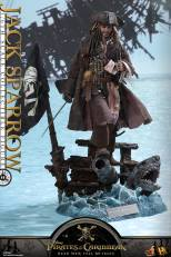 Hot Toys - POTC5 1 6th scale Jack Sparrow Collectible Figure DX15 04