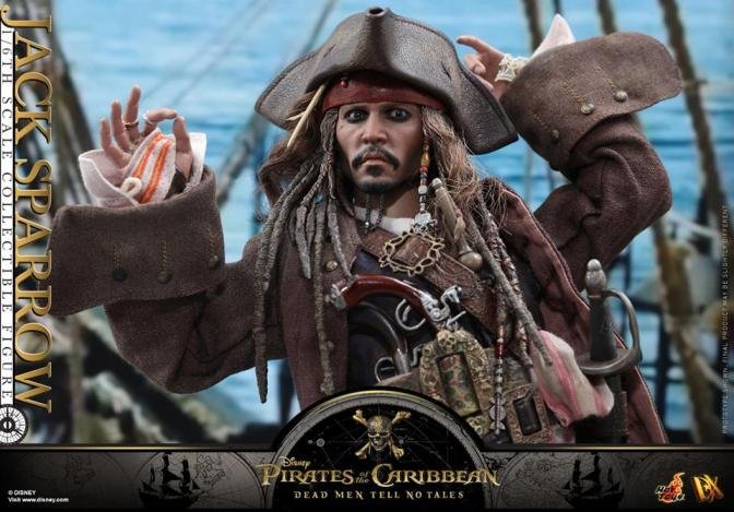 Hot Toys – POTC5: 1/6th scale Jack Sparrow Collectible Figure (DX15)