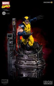 Iron Studios - Wolverine Legacy Replica 1 4 by Marcio Takara - Marvel Comics 01