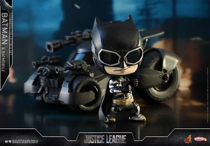 Hot Toys – Justice League – Batman & Batmobile Cosbaby (S) Collectible Set