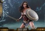 Hot Toys - Justice League - 1 6th scale Wonder Woman Collectible Figure 03.jpg