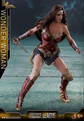 Hot Toys - Justice League - 1 6th scale Wonder Woman Collectible Figure 09.jpg