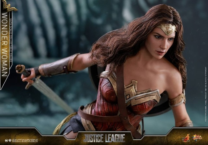 Hot Toys – Justice League – 1/6th scale Wonder Woman Collectible Figure
