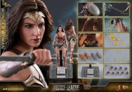 Hot Toys - Justice League - 1 6th scale Wonder Woman Collectible Figure 12.jpg